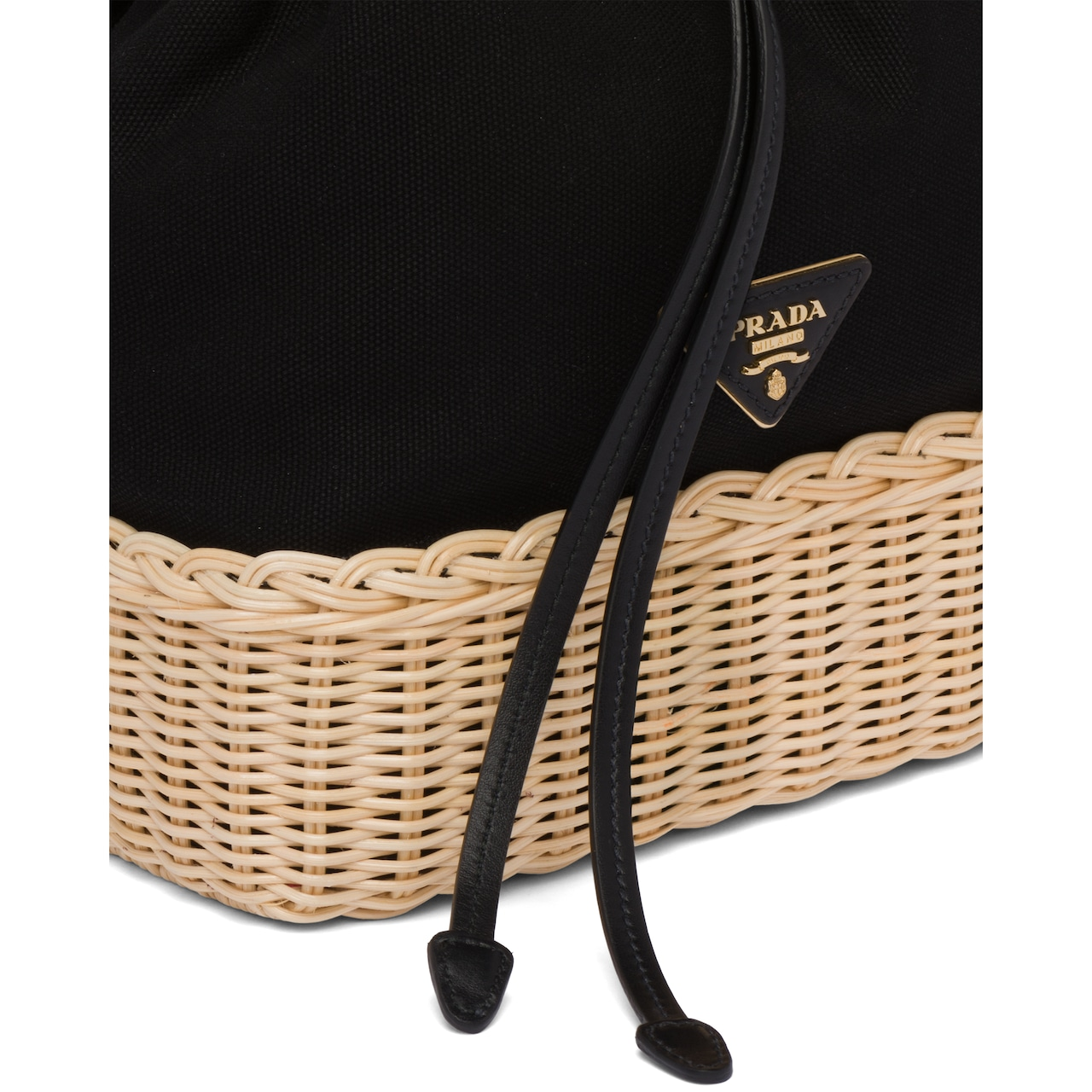 Prada Prada Plage 柳条和帆布水桶包 6