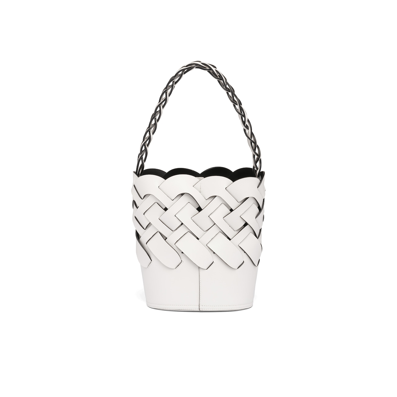 Bucket bag with large woven motif 4