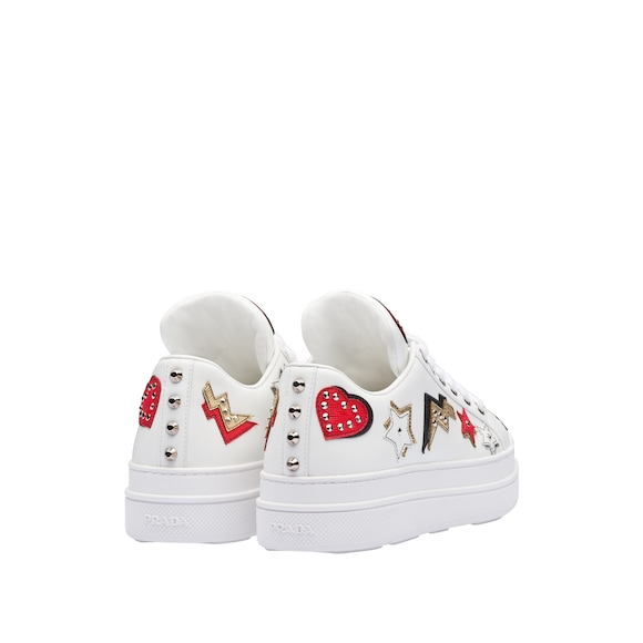 Prada - leather sneakers with hearts patch - 3