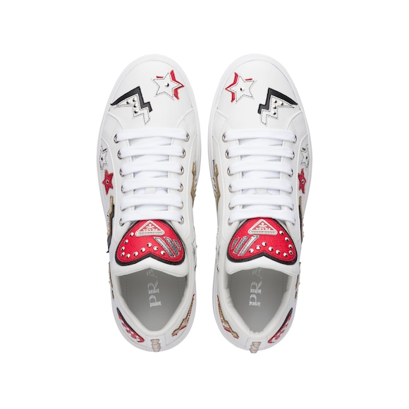 Prada - leather sneakers with hearts patch - 4