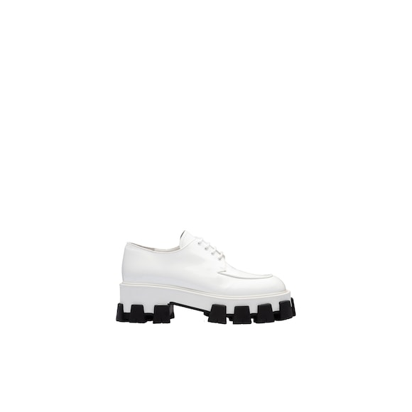 Monolith patent leather derby shoes
