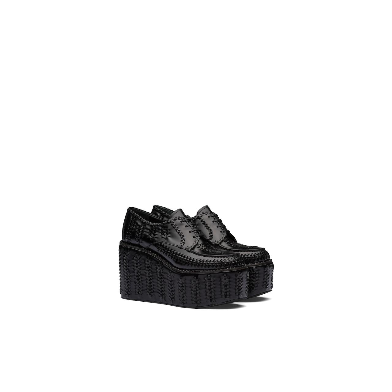 Prada 亮面皮革系带鞋 1