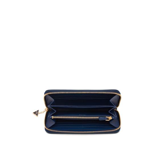 Prada Saffiano leather wallet 3