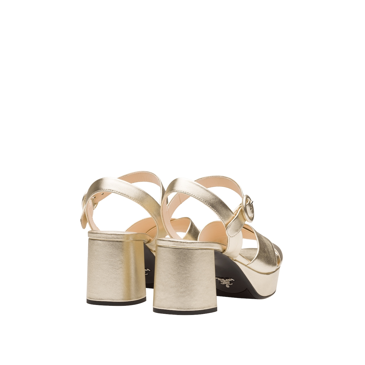 Pearly laminated leather sandals