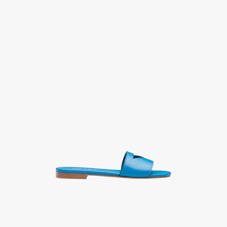 Flat leather slides