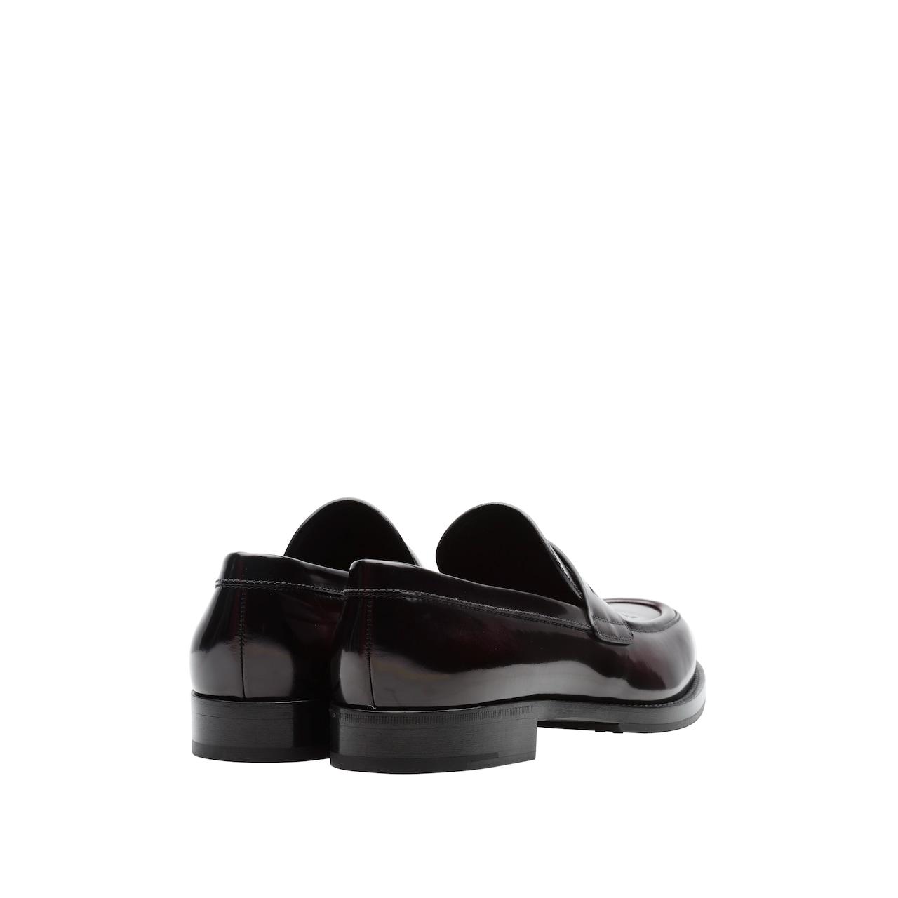 Loafers aus gebürstetem Leder