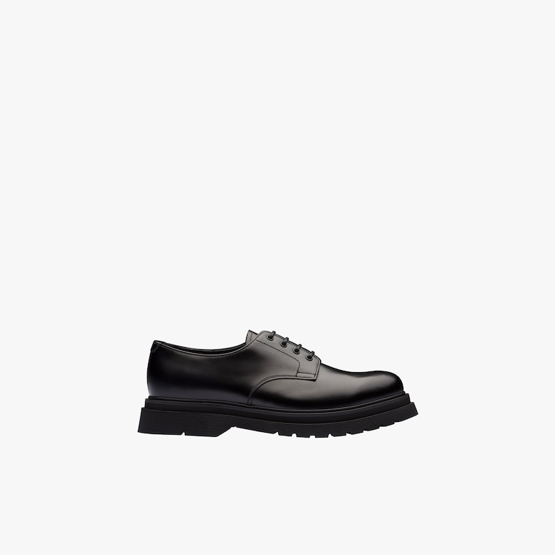 Brushed leather laced derby shoes