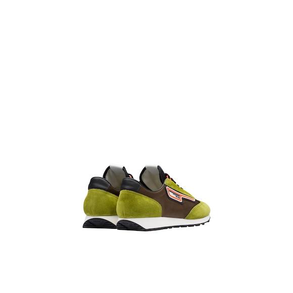 Sneakers in pelle scamosciata e nylon