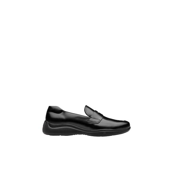 Prada 哑色皮革乐福鞋 3
