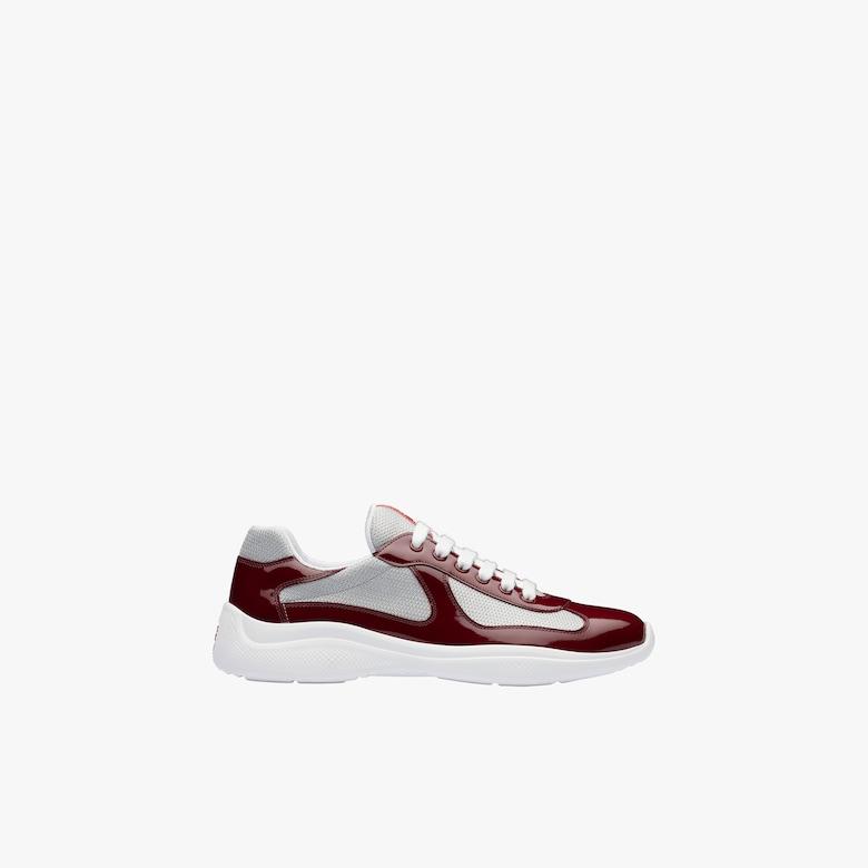 漆皮和织物运动鞋