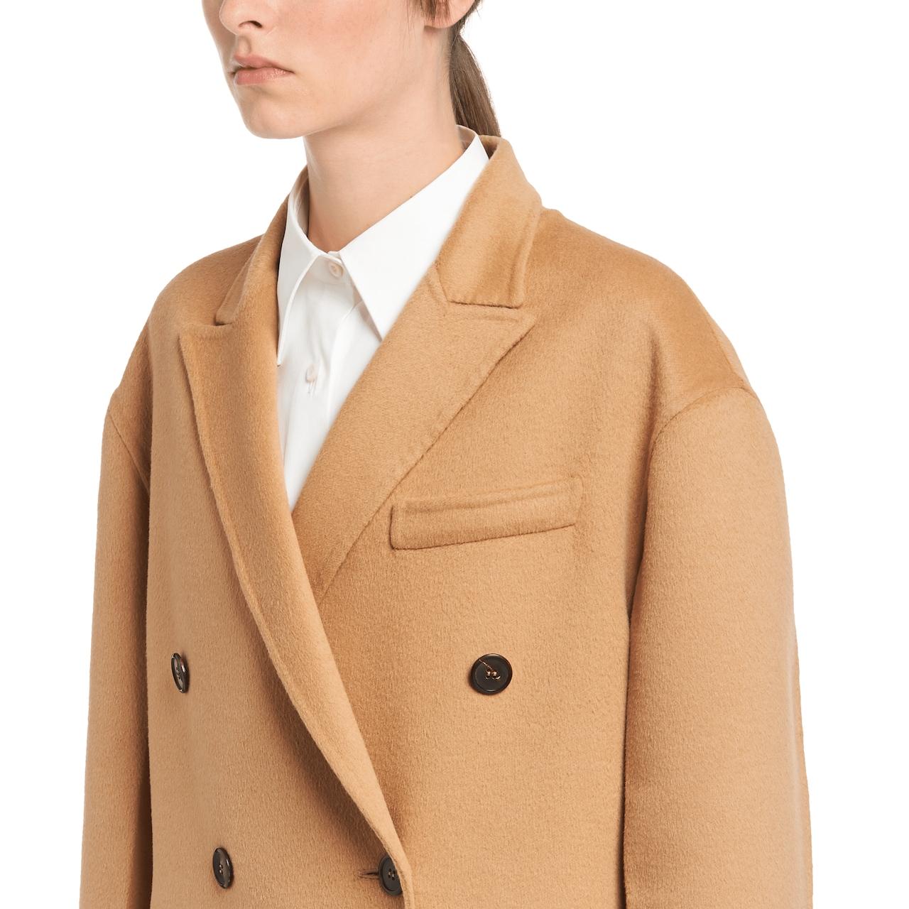 Manteau en laine, angora et fourrure
