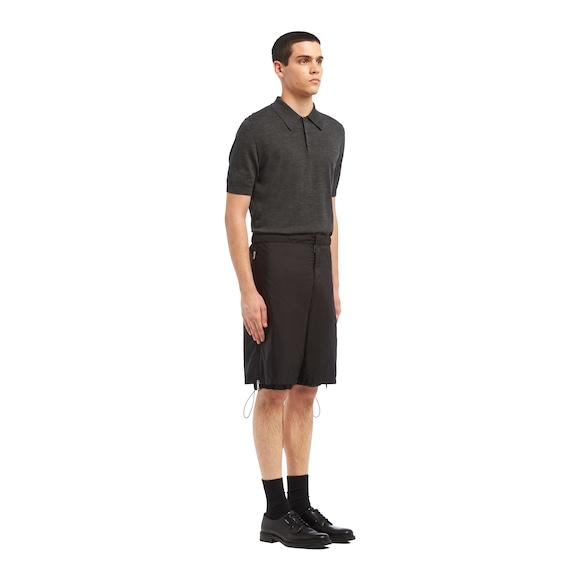 Prada 尼龙百慕大短裤 2