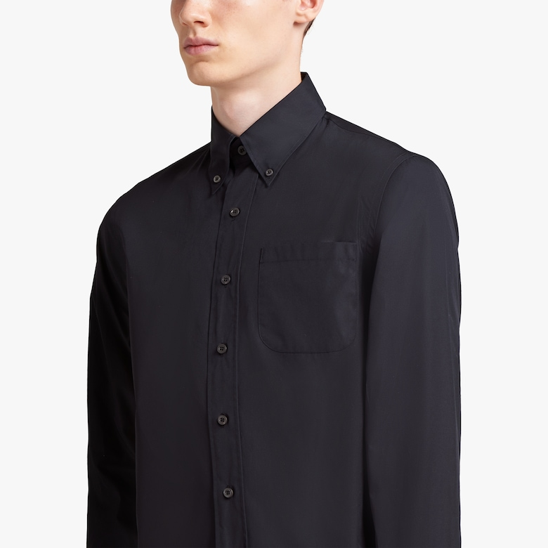 Light poplin shirt
