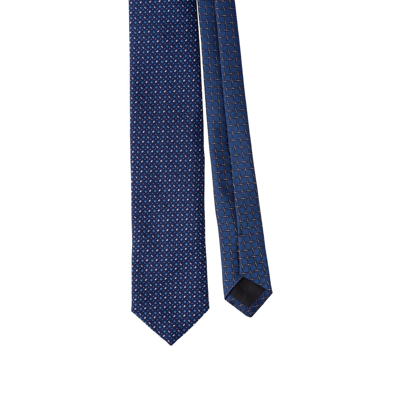 Tie with jacquard motifs